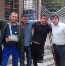 Закупили продукты для добровольцев, которые получили ранения в боях с войсками киевских карателей